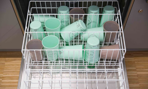 Washing reusable plastic cups in the custom rack